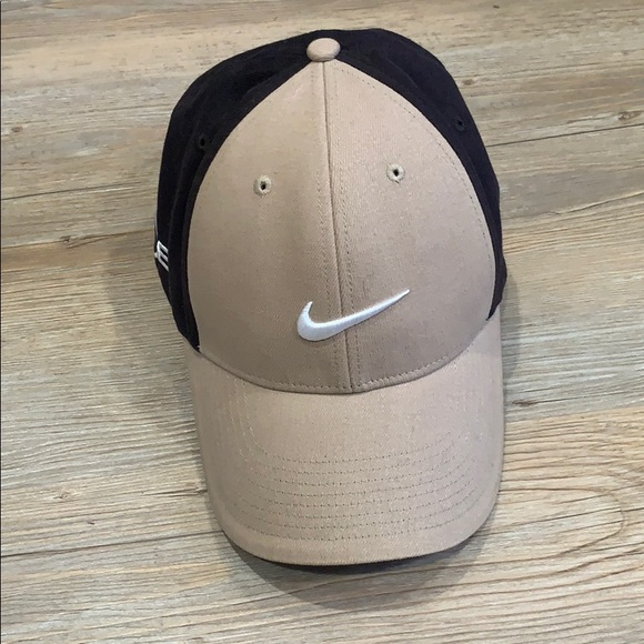 Nike One golf hat